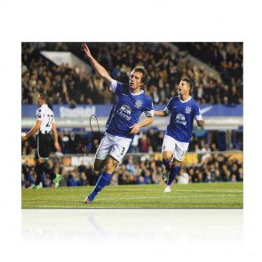 Leighton Baines Signed Everton Photograph In Gift Box