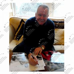 Bill Beaumont Signed England Rugby Photograph. Damaged B