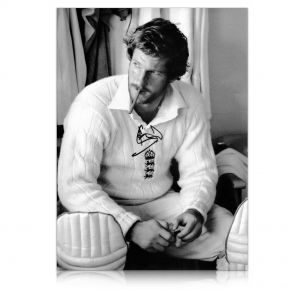 Sir Ian Botham Signed Cigar Photo. In Gift Box