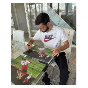 Bruno Fernandes Signed Manchester United Photo: Celebration. Deluxe Frame