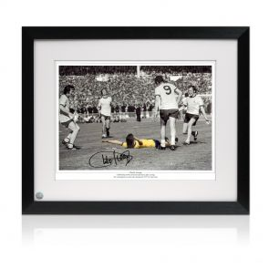 Charlie George Signed Framed Arsenal 1971 FA Cup Final Photo