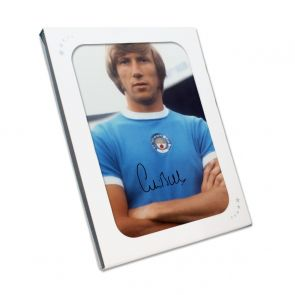Colin Bell Signed Manchester City Photo. Gift Box