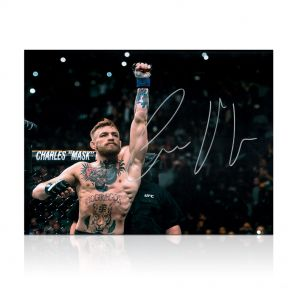 Conor McGregor Signed Photo: Undisputed UFC Featherweight Champion. In Gift Box