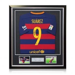 Signed, framed Suarez Barcelona jersey