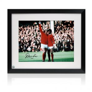 Framed Denis Law signed Man Utd picture