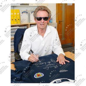 Scotland Football Shirt Signed by Denis Law, Bobby Lennox And Jim McCalliog. Superior Frame