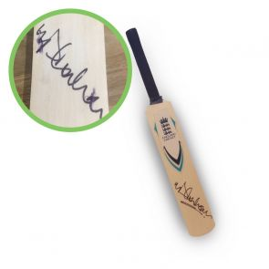 Michael Vaughan Signed England Mini Cricket Bat. Damaged E