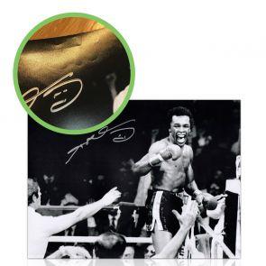 Sugar Ray Leonard Signed Boxing Photograph: Victory! Damaged B