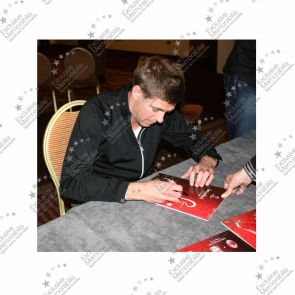 Steven Gerrard Signed Istanbul 2005 Champions League Final Programme