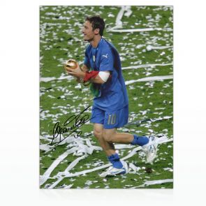 Francesco Totti Signed Italy Photo: World Cup Winner In Gift Box