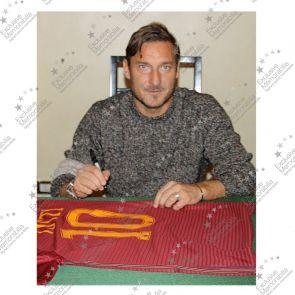Francesco Totti Signed AS Roma Football Shirt 2016-17: The Final Season. Standard Frame
