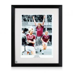 Frank McAvennie Signed West Ham Photo. Framed