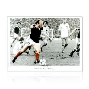 Archie Gemmill Signed Scotland Photo: Holland World Cup Goal. In Gift Box