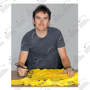 Geraint Thomas Signed Tour De France 2018 Pro Yellow Jersey. Premium Frame
