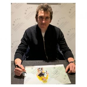 Geraint Thomas Signed Tour De France Photo: Stage 17 In Gift Box