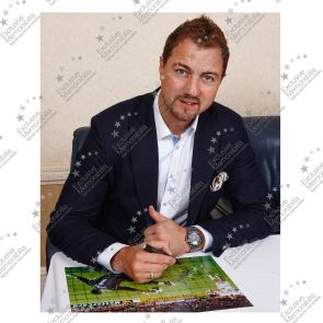 Jerzy Dudek Signed Liverpool Photo: Istanbul Hero. In Deluxe Black Frame With Silver Inlay