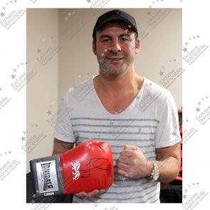 Joe Calzaghe Signed Boxing Glove: 46-0