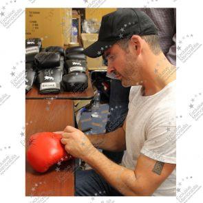 Joe Calzaghe Signed Red Everlast Boxing Glove: 46-0