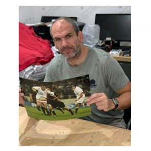 Martin Johnson Signed Rugby Photo: vs New Zealand. Deluxe Framed