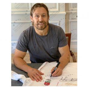 Jonny Wilkinson Signed England Rugby Shirt. Superior Frame