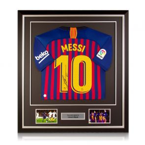 Lionel Messi Signed Barcelona Shirt 2018-19 Framed