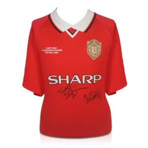 Man United Shirt with signatures