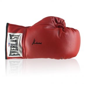Muhammad Ali Signed Boxing Glove In Gift Box (PSA DNA 4A53408)