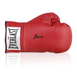Muhammad Ali Signed Boxing Glove (PSA DNA 4A53395)