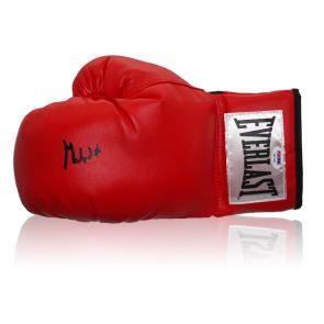 Muhammad Ali Signed Boxing Glove (PSA DNA 6A07662)
