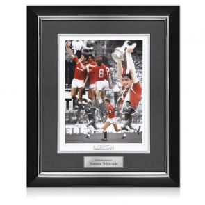 Norman Whiteside Signed Manchester United Photo. Deluxe Frame