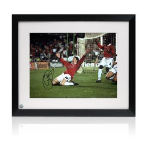 Ole Gunnar Solskjaer Signed Photo In Frame