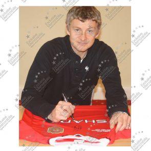 Ole Gunnar Solskjaer Signed 1999 Manchester United Shirt