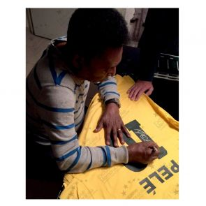 Pele Back Signed Brazil Shirt In Gift Box