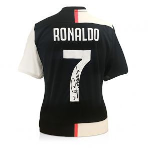 Cristiano Ronaldo Signed Juventus Football Shirt 2019-20