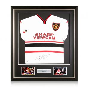 Ryan Giggs Signed Manchester United 1999 Away Shirt. Deluxe Frame