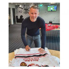Ryan Giggs Signed Manchester United 1999 Away Shirt. Gift Box