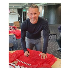 Ryan Giggs Signed Manchester United 1999 Champions League Shirt. Gift Box