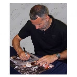 Ryan Giggs Signed Manchester United Mono Photo: FA Cup Semi Final Wonder Goal. Framed