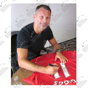 Ryan Giggs Signed 2013/14 Manchester United Shirt: The Final Season
