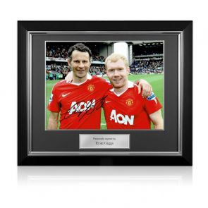 Ryan Giggs Signed Photo: Manchester United Legends. Deluxe Framed