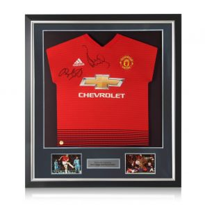 Paul Scholes and Ryan Giggs Signed Manchester United Shirt. Deluxe Frame