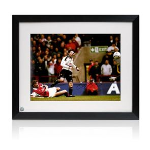 Ryan Giggs Manchester United Signed Photo: FA Cup Semi-Final Wonder Goal. Framed