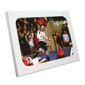 Ryan Giggs Manchester United Signed Photo: FA Cup Semi-Final Wonder Goal. In Gift Box