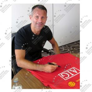 Ryan Giggs Signed 2008 Manchester United Champions League Shirt