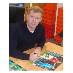 Paul Scholes Signed Manchester United Photograph: The Barcelona Goal. In Gift Box