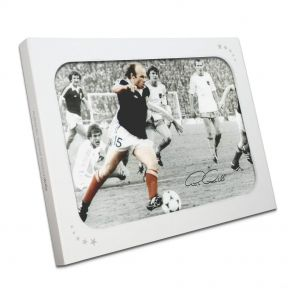 Archie Gemmill Signed Scotland Photo In Gift Box