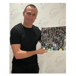 Scott Brown Signed Celtic Photo: The Captain. Deluxe Frame