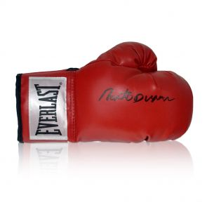 Roberto Duran Signed Red Everlast Boxing Glove. In Display Case