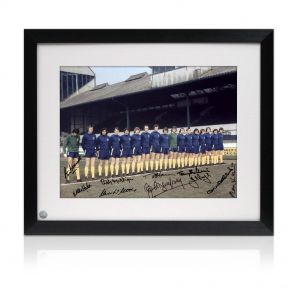 Framed Chelsea Team Signed Photo