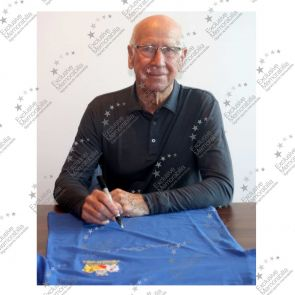 Sir Bobby Charlton Signed Manchester United European Cup Final Shirt